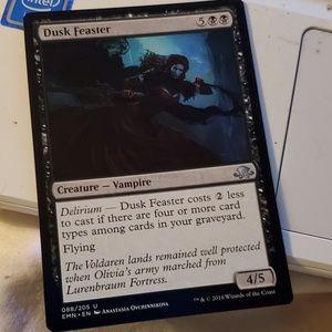 Dusk feaster magic card